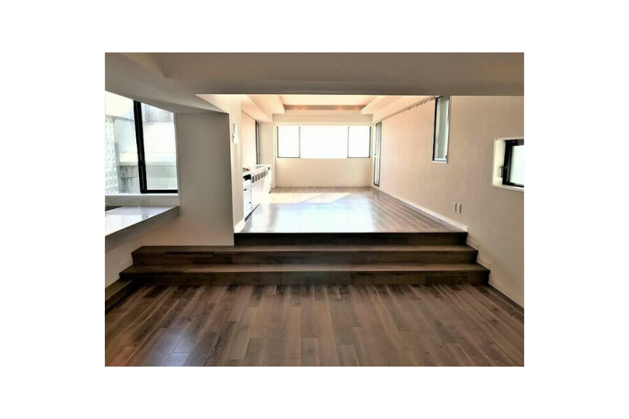 3LDK Apartment to Buy in Mino-shi Living Room