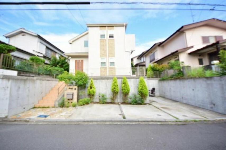 4LDK House to Buy in Yokohama-shi Totsuka-ku Exterior