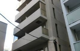 1R {building type} in Nishishimbashi - Minato-ku