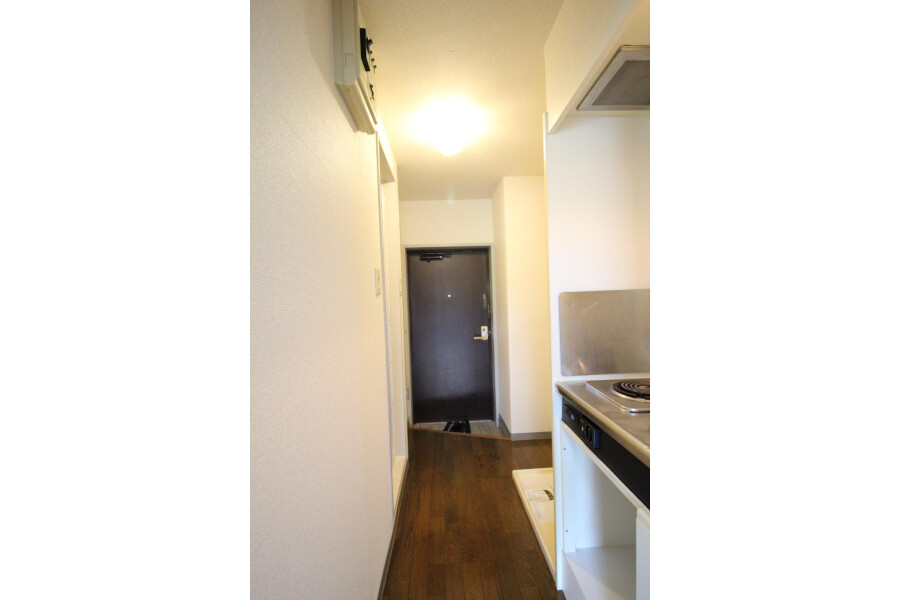 1K Apartment to Rent in Kawasaki-shi Tama-ku Kitchen