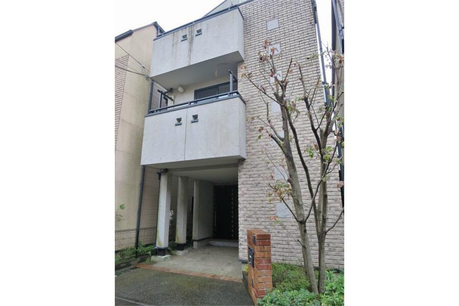 4LDK House to Rent in Meguro-ku Exterior