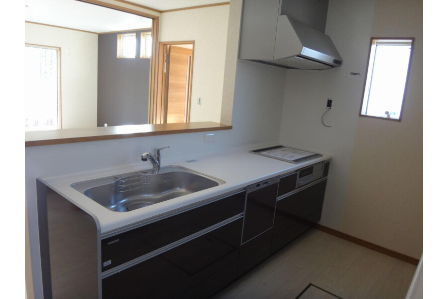 4LDK House to Buy in Inzai-shi Bathroom