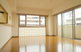 3LDK Apartment in Hiyoshihoncho - Yokohama-shi Kohoku-ku