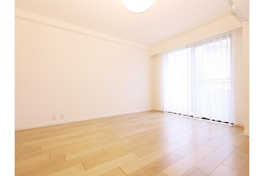 2SLDK Apartment to Buy in Meguro-ku Bedroom