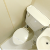 1R Apartment to Rent in Ikeda-shi Toilet