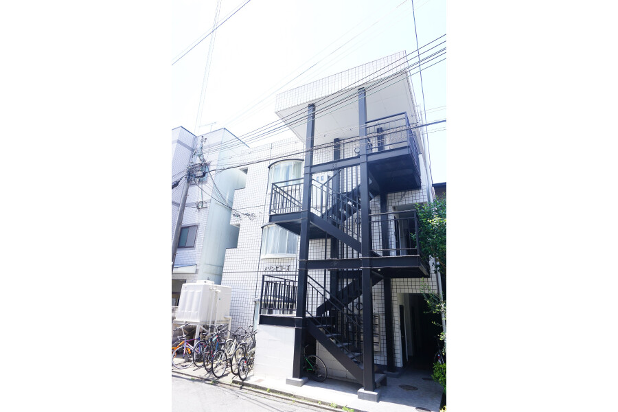 1R Apartment to Rent in Kyoto-shi Sakyo-ku Exterior