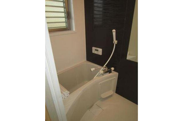 Whole Building Apartment to Buy in Kobe-shi Nada-ku Bathroom