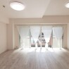 2LDK Apartment to Buy in Osaka-shi Naniwa-ku Living Room