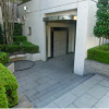 1K Apartment to Rent in Setagaya-ku Building Entrance