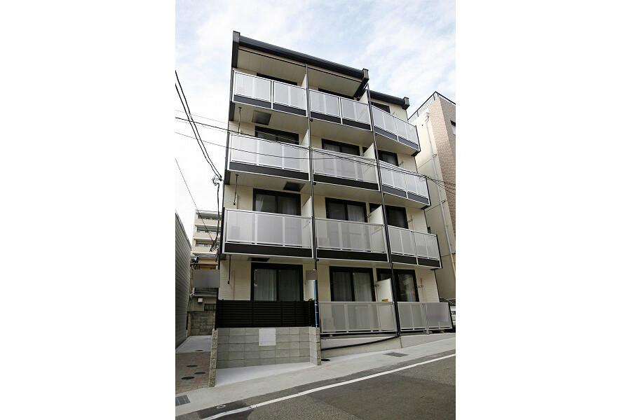 1K Apartment to Rent in Kobe-shi Nada-ku Exterior
