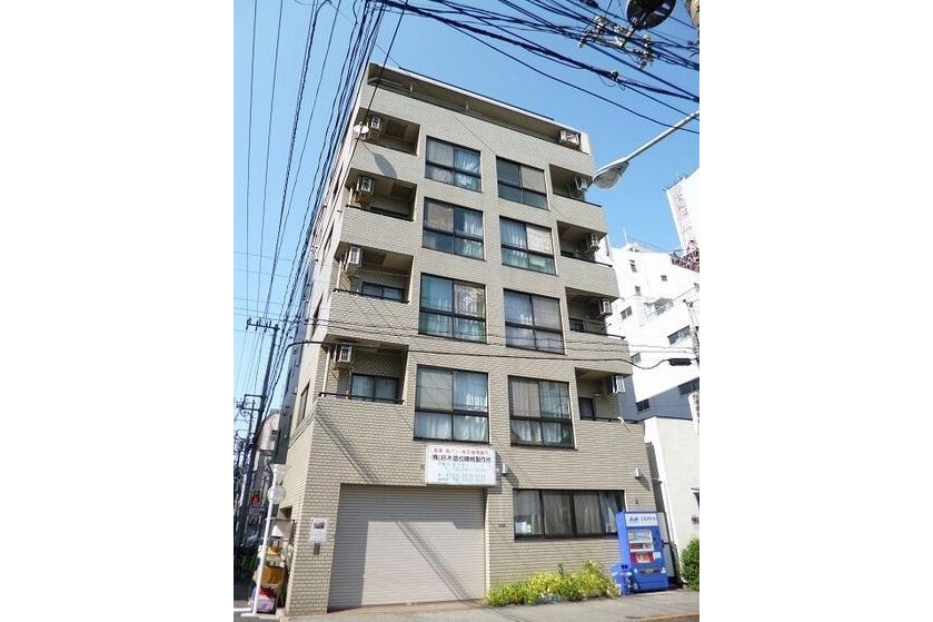 2LDK Apartment to Rent in Taito-ku Exterior