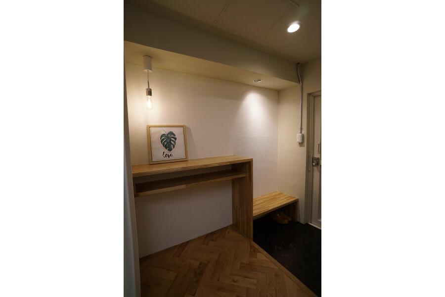 1LDK Apartment to Buy in Sapporo-shi Chuo-ku Entrance