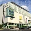 1K Apartment to Rent in Saitama-shi Urawa-ku Shopping Mall