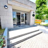 1K Apartment to Rent in Ichikawa-shi Building Entrance