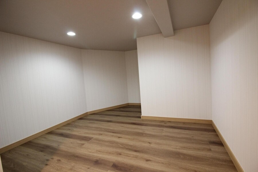 1R Apartment to Rent in Komae-shi Outside Space