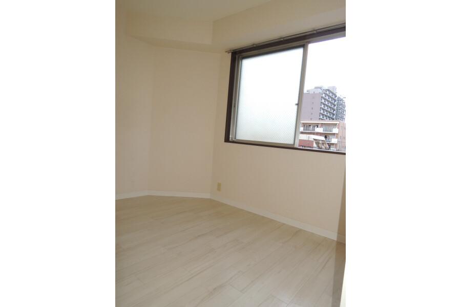 2K Apartment to Rent in Sumida-ku Exterior
