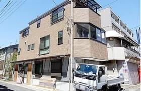 新宿区 大久保 3LDK {building type}