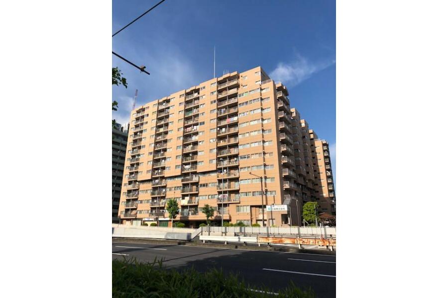 3LDK Apartment to Buy in Shinagawa-ku Exterior
