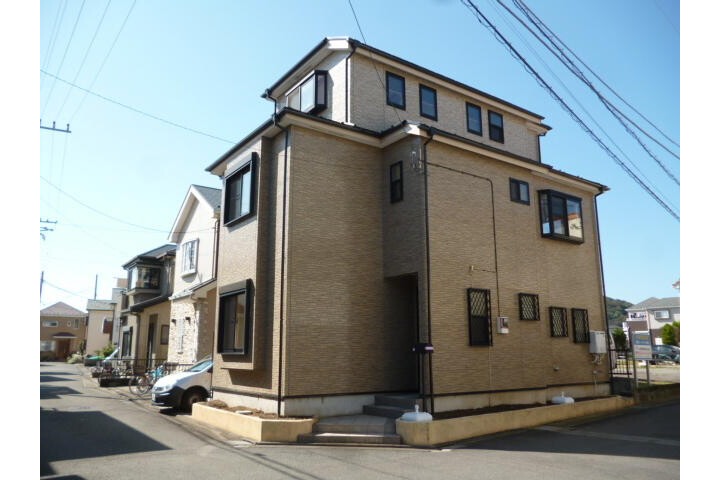 6LDK House to Buy in Naka-gun Oiso-machi Exterior