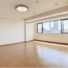 2LDK Apartment to Rent in Shinjuku-ku Living Room