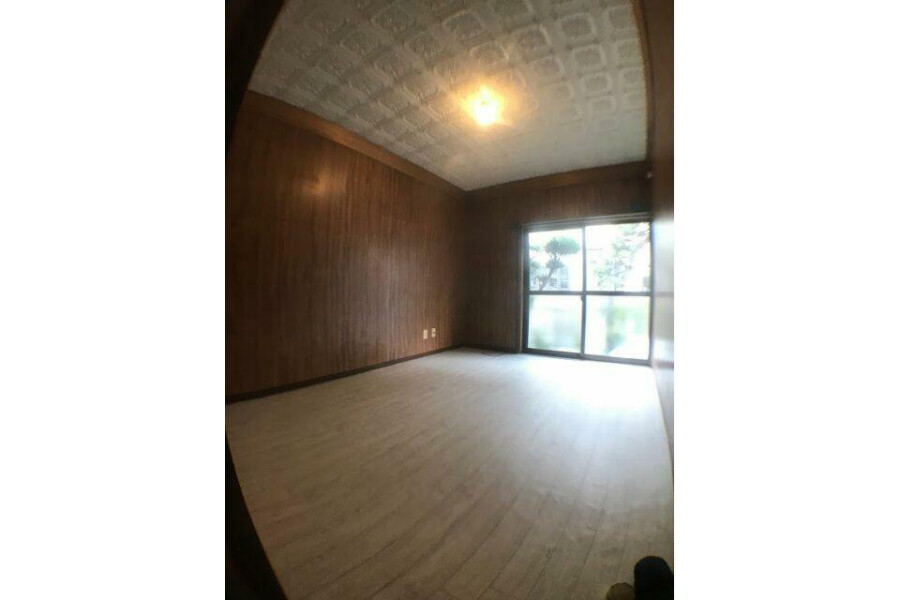 5DK House to Buy in Hirakata-shi Living Room
