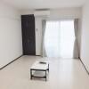 1K Apartment to Rent in Urayasu-shi Room
