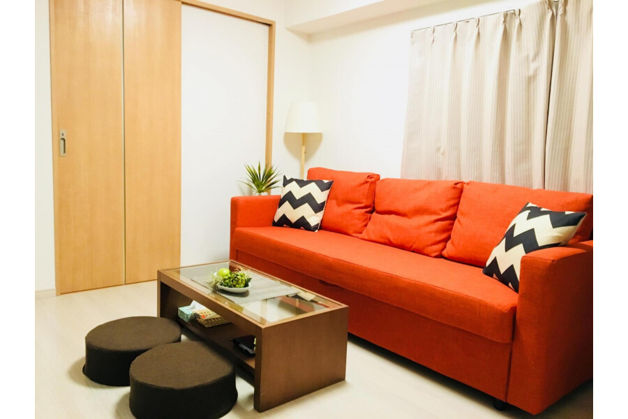 1DK Apartment to Rent in Nakano-ku Living Room