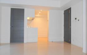 2LDK Apartment in Hommokucho - Yokohama-shi Naka-ku