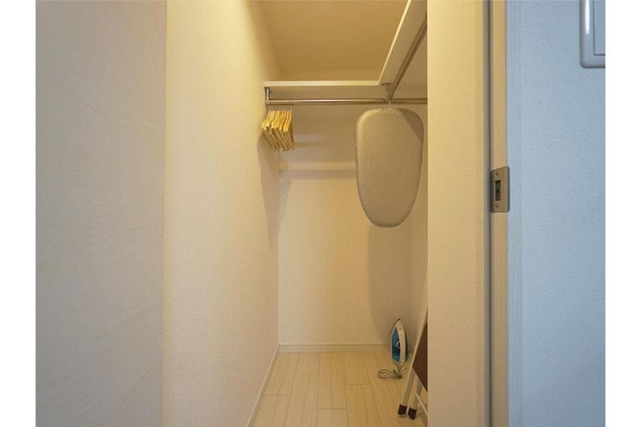 1LDK Apartment to Rent in Ota-ku Outside Space