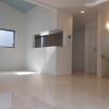 在大田区购买4LDK 公寓大厦的 起居室