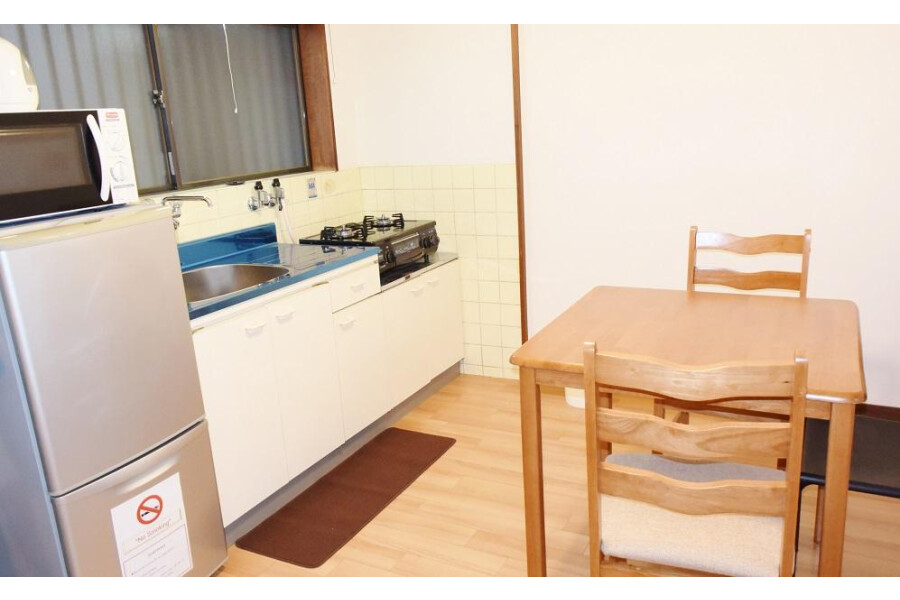 2DK Apartment to Rent in Osaka-shi Higashisumiyoshi-ku Living Room
