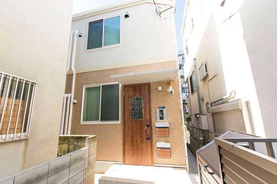 Private Serviced Apartment to Rent in Ota-ku Exterior
