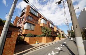 3LDK {building type} in Motoazabu - Minato-ku