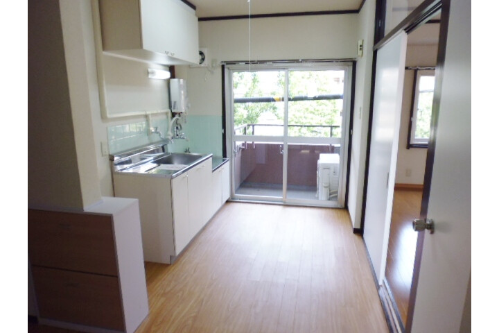 2K Apartment to Rent in Suginami-ku Interior