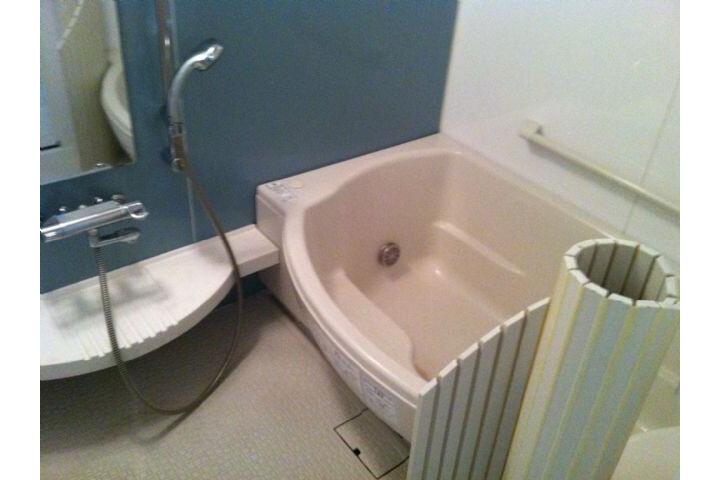 1LDK Apartment to Rent in Nagoya-shi Naka-ku Bathroom