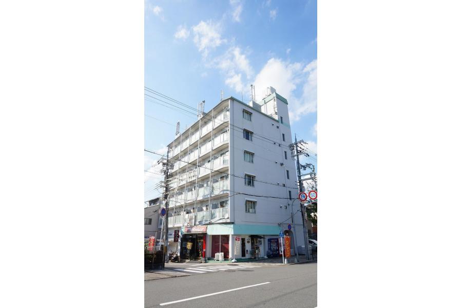 1DK Apartment to Rent in Kyoto-shi Higashiyama-ku Exterior