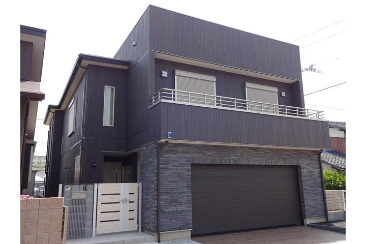 4LDK House to Buy in Kitakyushu-shi Yahatanishi-ku Exterior