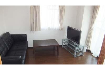 3DK Apartment to Rent in Osaka-shi Minato-ku Living Room