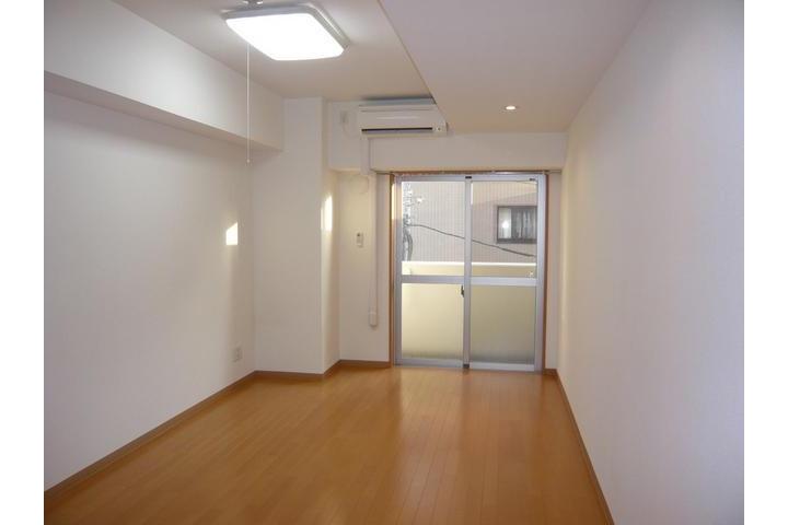 1K Apartment to Rent in Edogawa-ku Exterior