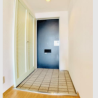 2LDK Apartment to Rent in Shinjuku-ku Entrance