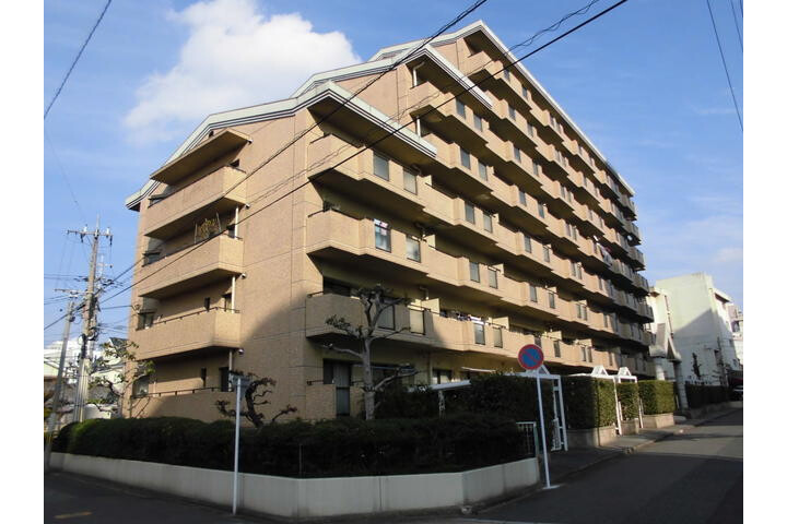 3LDK Apartment to Buy in Kitakyushu-shi Tobata-ku Exterior