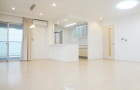 2LDK Apartment in Kagamigahama - Otsu-shi