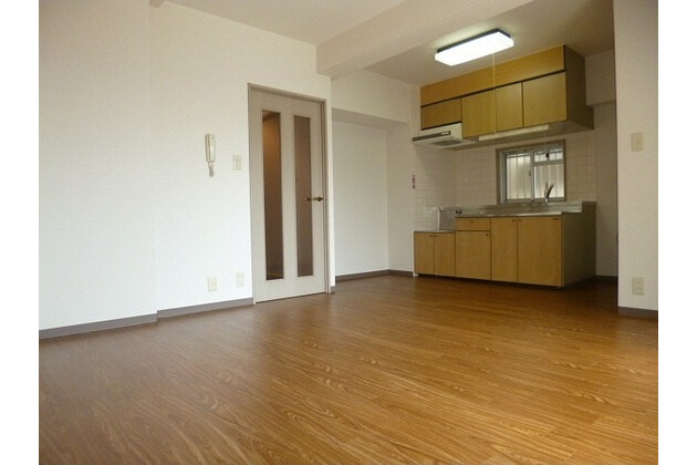 2LDK Apartment to Rent in Arakawa-ku Interior