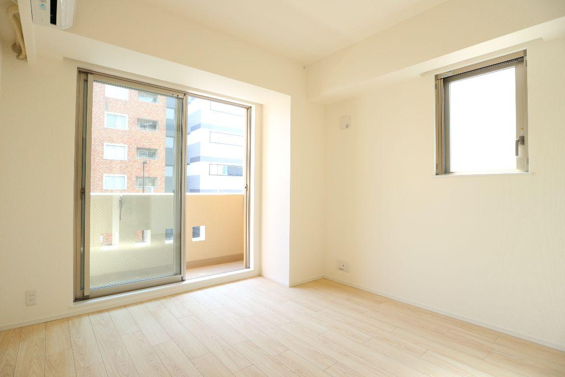 1K Apartment To Rent In Bunkyo Ku Living Room