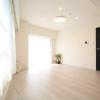 在豊岛区购买1LDK 公寓大厦的 起居室