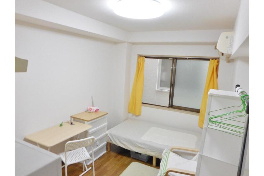 1R Apartment to Rent in Osaka-shi Nishiyodogawa-ku Bedroom