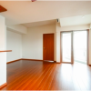3LDK Apartment to Rent in Shinjuku-ku Living Room