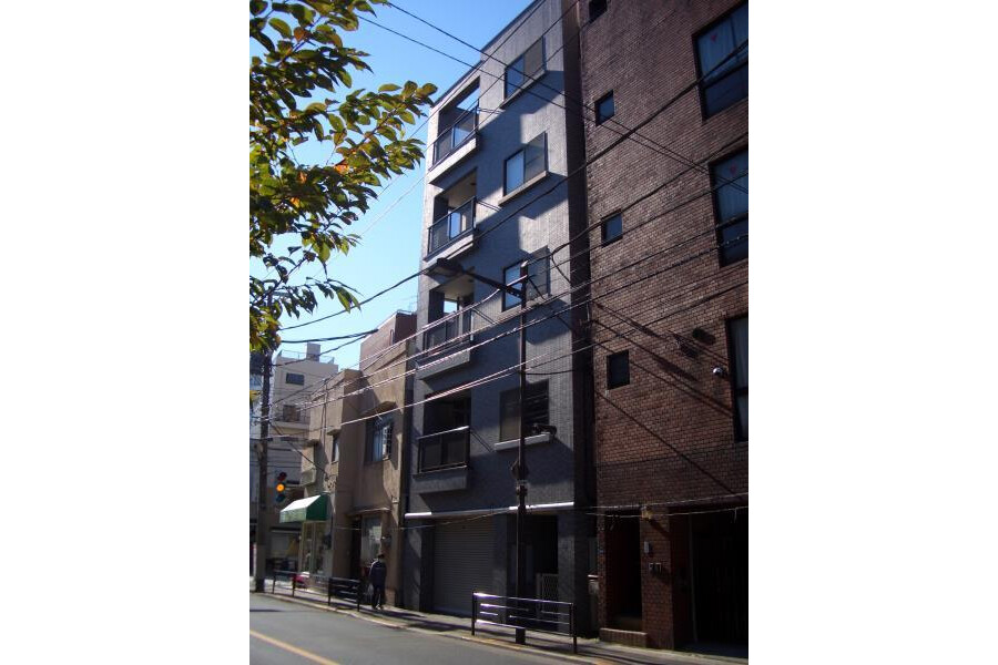 6LDK House to Rent in Taito-ku Exterior