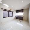 在横濱市南區購買3LDK 獨棟住宅的房產 起居室