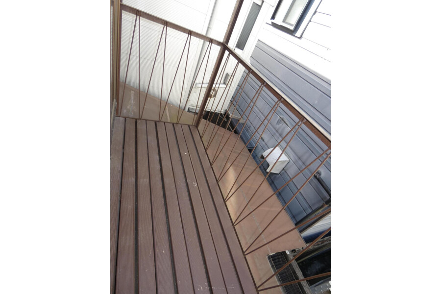 4LDK House to Buy in Kyoto-shi Yamashina-ku Balcony / Veranda